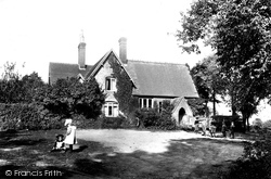 South Holmwood, The School 1906