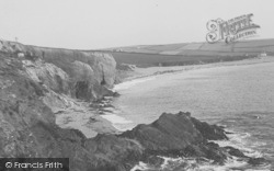 The Cliffs c.1939, South Milton