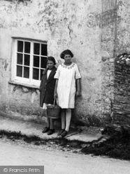 Village Children 1927, South Milton