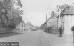 High Street c.1965, South Moreton