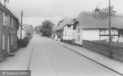 Old Cottages c.1965, South Moreton