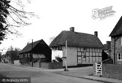 The Village c.1940, South Moreton