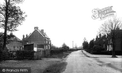 South Nutfield, Mid Street 1922