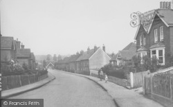 South Nutfield, Trindles Road 1928
