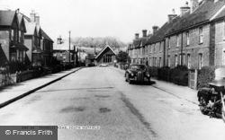 Trindles Road c.1960, South Nutfield