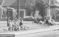 South Ockendon, People On The Green c.1955