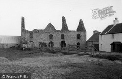 South Uist, Ormaclett Castle 1963