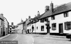 Southam, Daventry Street c.1960