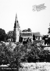 Southam, St James Parish Church c.1960