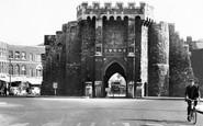 Southampton, Bargate c.1955