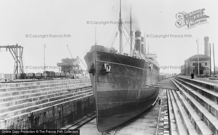 Southampton, No 5 (Prince of Wales) Dry Dock 1908
