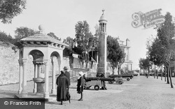 Southampton, The 'stella' Memorial Fountain And Pilgrim Fathers' Memorial, Western Esplanade 1924