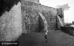 The Town Walls 1958, Southampton