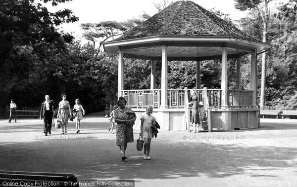 Photo of Southbourne, Gardens, Fisherman's Walk c.1955