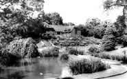 Southend-on-Sea, Southchurch Hall and Gardens c1966