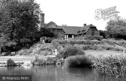 Southend-on-Sea, Southchurch Hall, The Lake c.1950