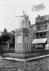 Southend-on-Sea, Statue Of Queen Victoria 1898