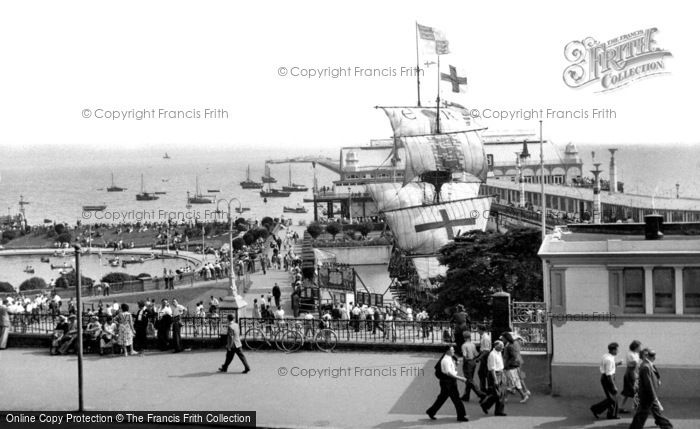 Southend On Sea The Golden Hind And Pier C 1950