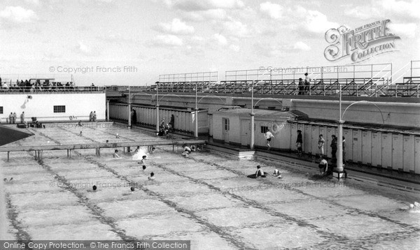 Southend-On-Sea, Westcliff Pool c1955