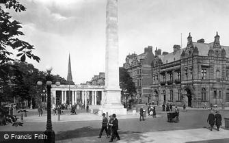 Southport, the War Memorial 1924