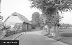 Southwick, King Charle's Barn And Green c.1955