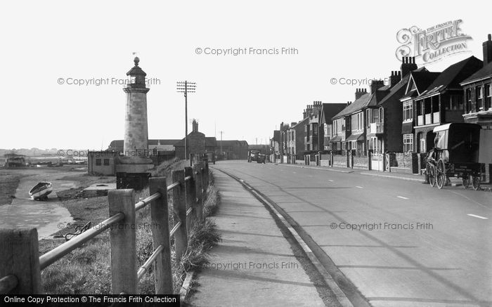 Southwick, the Lighthouse c1955