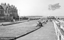 Southwold, North Parade c.1950