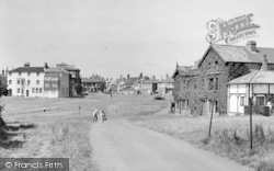 Southwold, South Green c.1950