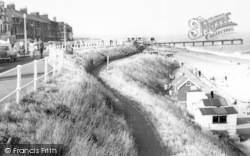 The Cliff Walk c.1965, Southwold