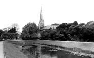 Spalding, Ayscoughfee Gardens c1960