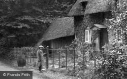 A Hampshire Cottage 1917, Generic