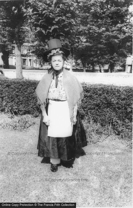 Photo of A Welsh Lady In Original Welsh Costume c.1960