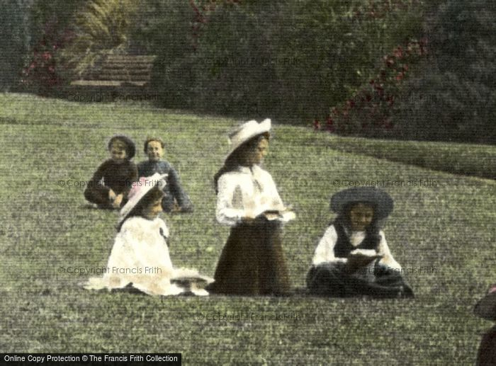 Photo of Children 1906