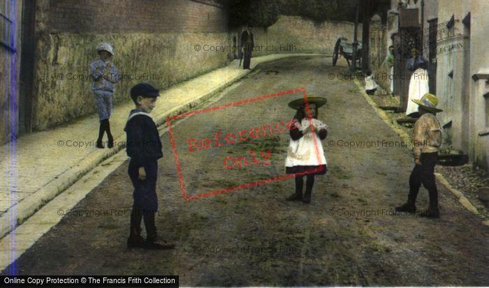 Photo of Children In Silver Street 1906