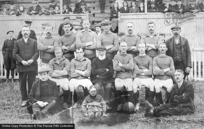 Photo of Football Team c.1930