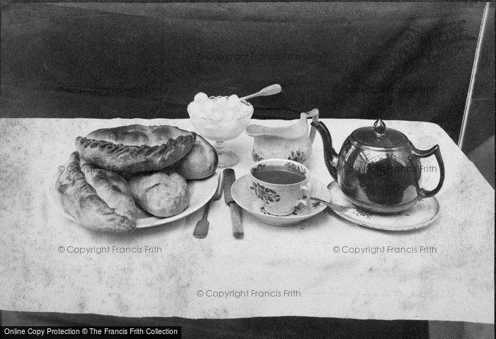 Photo of I Would As Soon 'ave A Good Old Pasty 1912