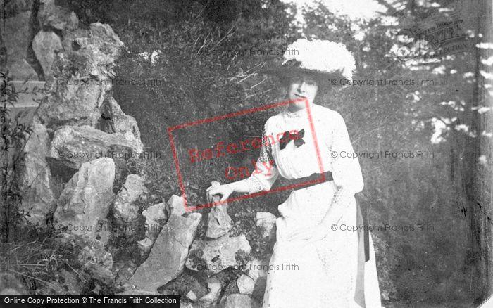 Photo of Lady c.1912