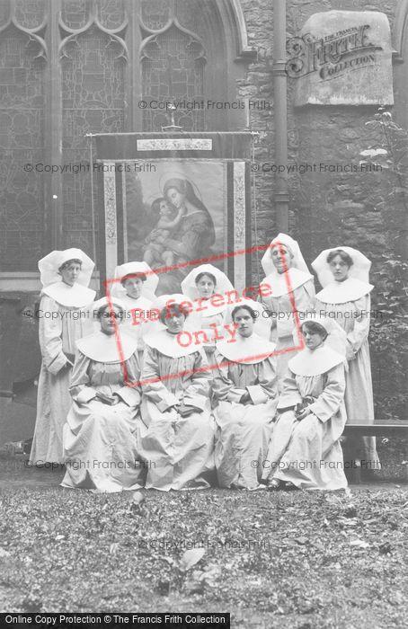 Photo of Nuns c.1900