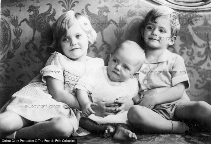Photo of President Hoover's Grandchildren c.1935