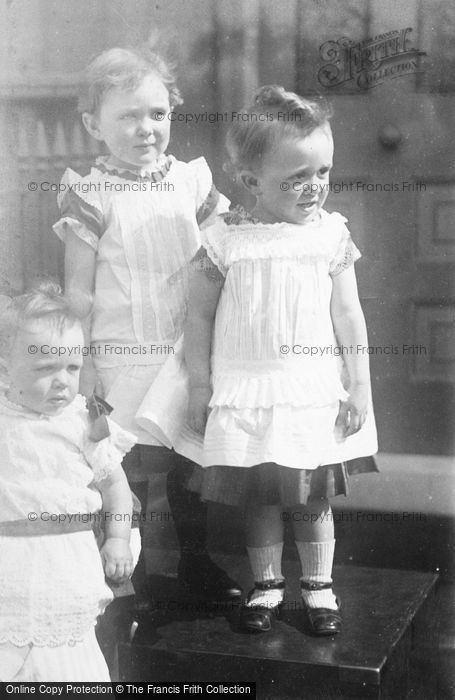 Photo of Three Little Girls c.1900