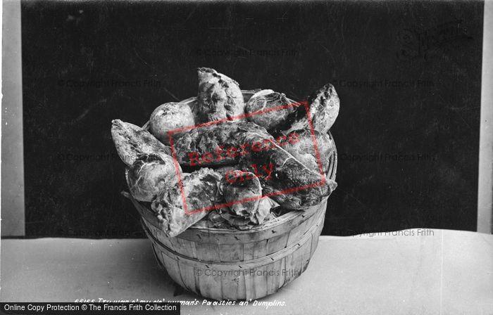 Photo of Try Wan O' My Ole' Wumans' Paasties An' Dumplins 1913