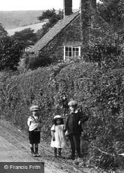 Village Children 1912