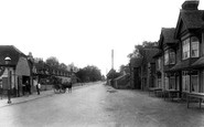 Springfield, Village and The Plough 1906