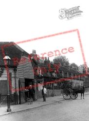 Village Men, Springfield Road 1906, Springfield
