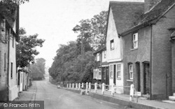 Sproughton, Lower Street c.1955