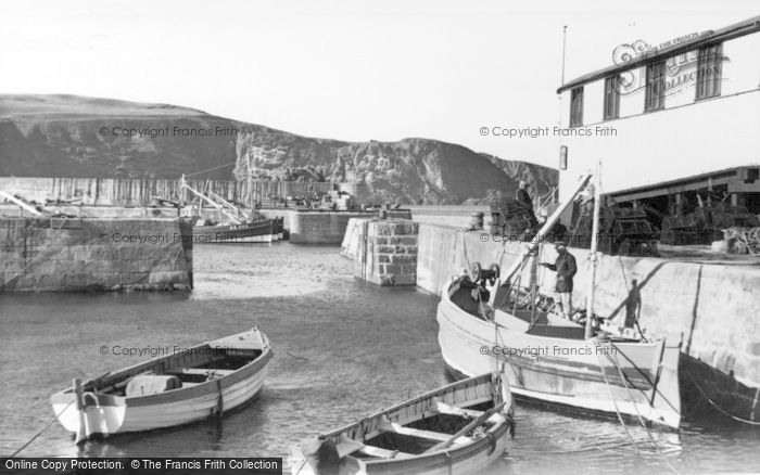 Photo of St Abbs, By The Lifeboat House c.1955
