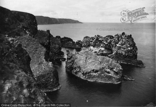Photo of St Abbs, Flood Carr c1935, ref. s416029