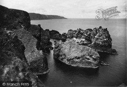 St Abbs, Flood Carr c.1935