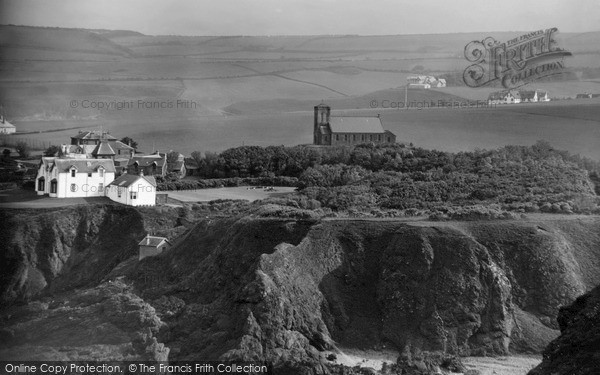 Photo of St Abbs, Haven from Haugh c1935, ref. s416013