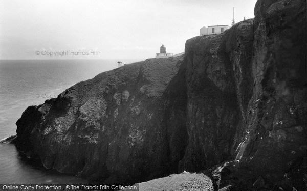 Photo of St Abbs, Head, the Lighthouse c1935, ref. s416046